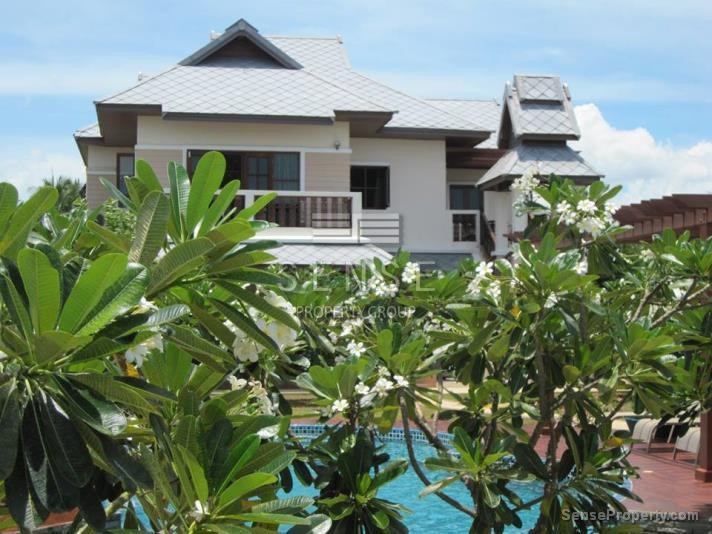Beachfront House for Sale in Prachuap Khiri Khan