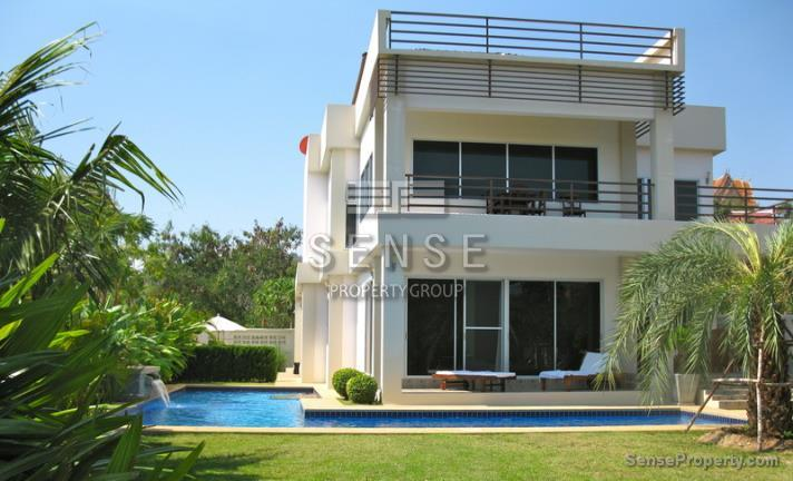 Stunning 4 bed Pool Villa for rent in Hua Hin